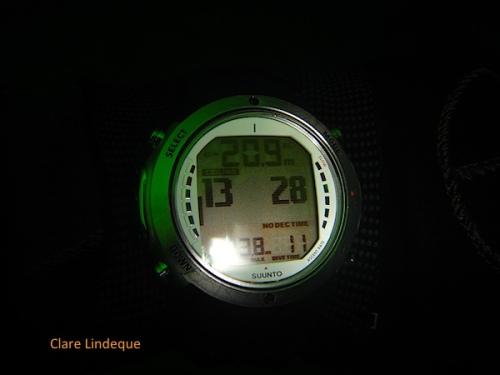 Suunto D6 during a dive - first deep stop is due at 13 metres